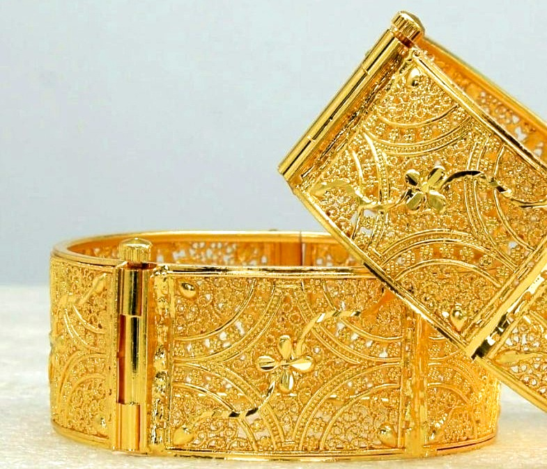 Advantages of wearing gold Kada