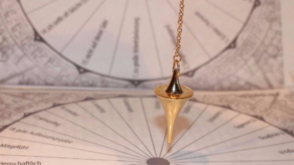 Crystal dowsing
