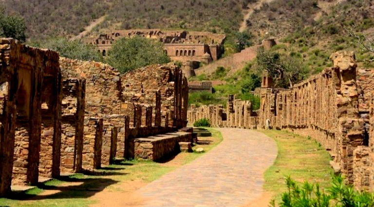 Real Story of  Bhangarh