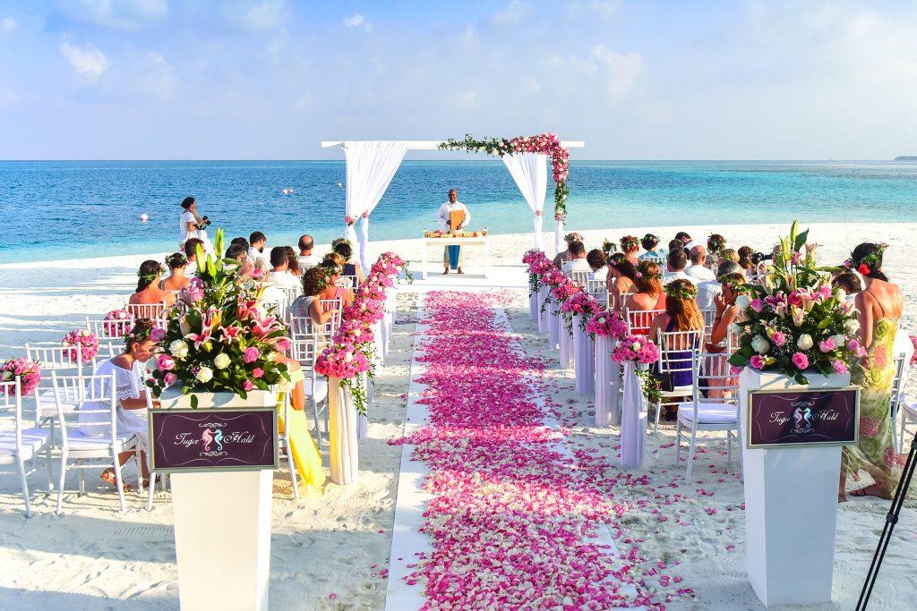 Beach Side wedding trend