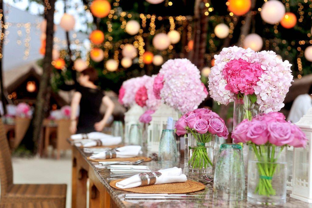 Long Banquet wedding trend