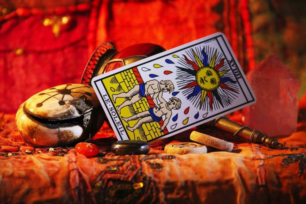 What to Expect In Tarot Reading Session