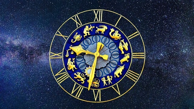 Comparison between the Fourth and Fifth Houses in Astrology