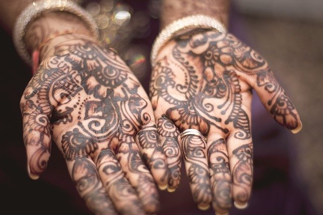 Mehendi- History, Significance and Astrological Connection