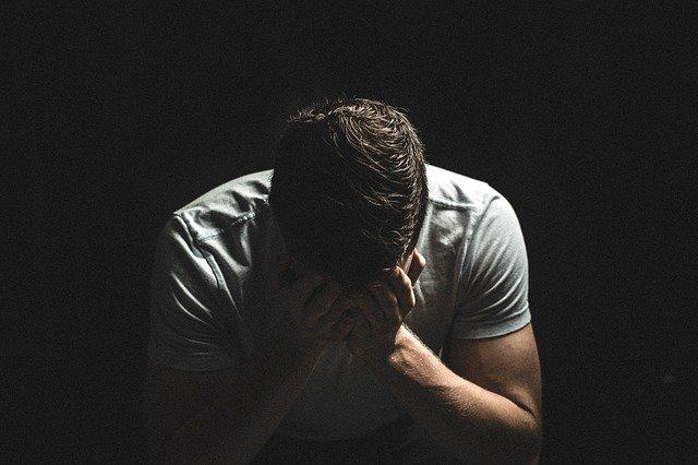 निराशा को जीवन से दूर भगाएँ, अपने भीतर की ऊर्जा को जागृत करने के उपाय