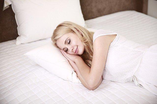 नींद और ग्रहों में क्या है संबंध? नींद पर ग्रहों की भूमिका