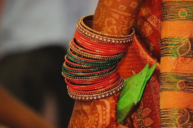 How bangles can change your life?- An Astrological Aspect