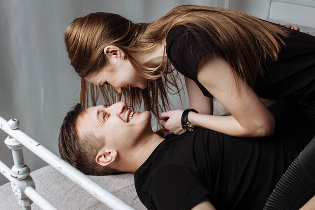 Love Your Lady According to Her Zodiac Sign