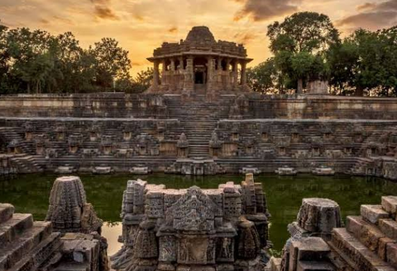 पाटण का सूर्य मंदिर – जानें क्या है इस मंदिर का इतिहास और वर्तमान स्थिति के बारे में