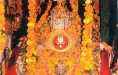अयोध्या के हनुमानगढ़ी मंदिर में सुल्तान के शीश झुकाने पर हुआ था यह चमत्कार