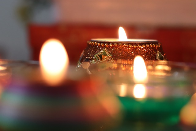 Easy Diwali Remedies To Attract Happiness and Prosperity