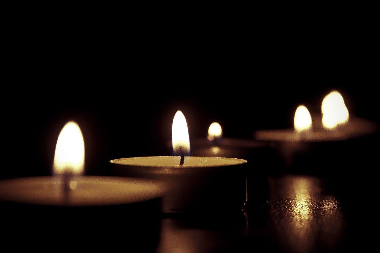 Candles Vastu Tips