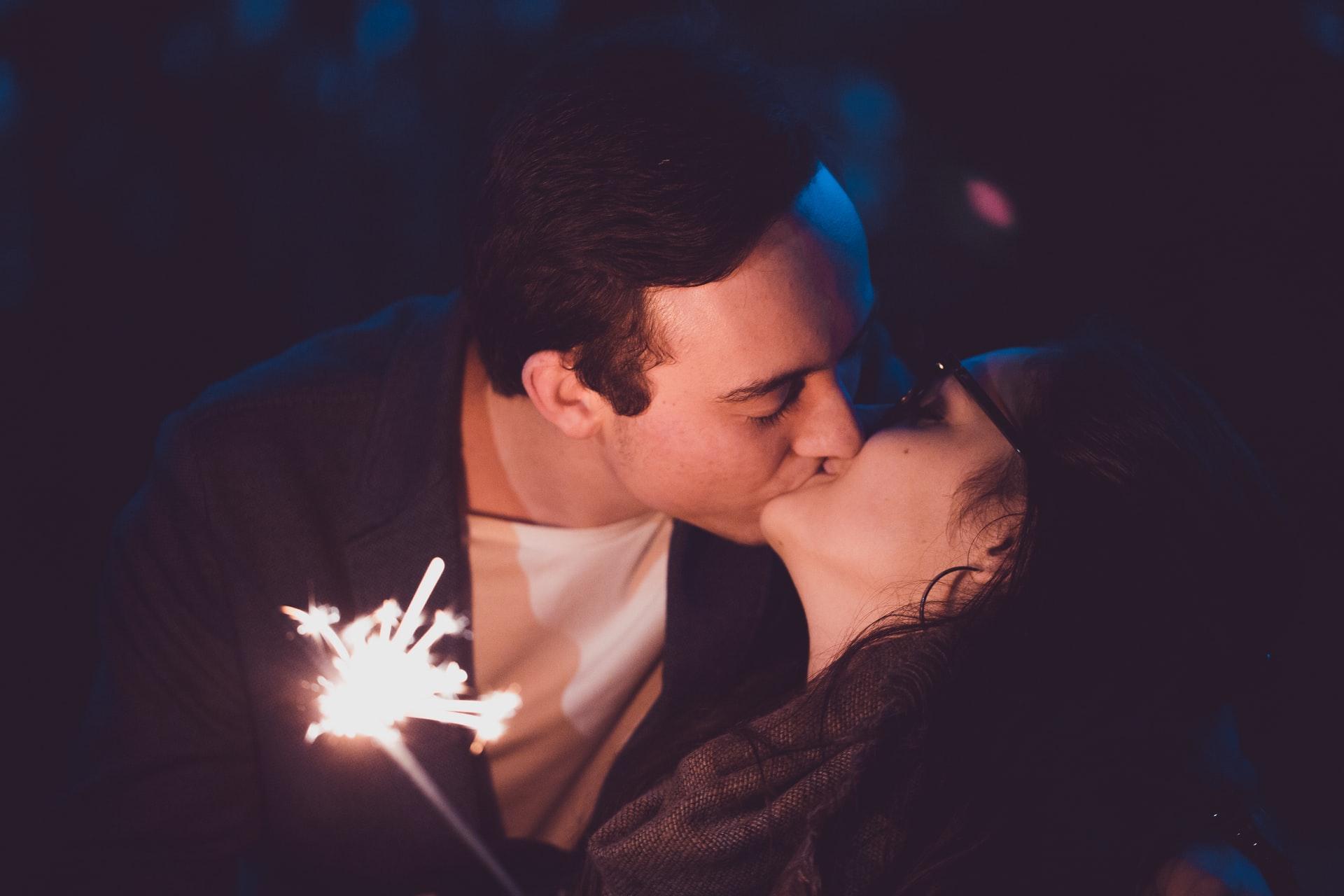 good kisser zodiac signs