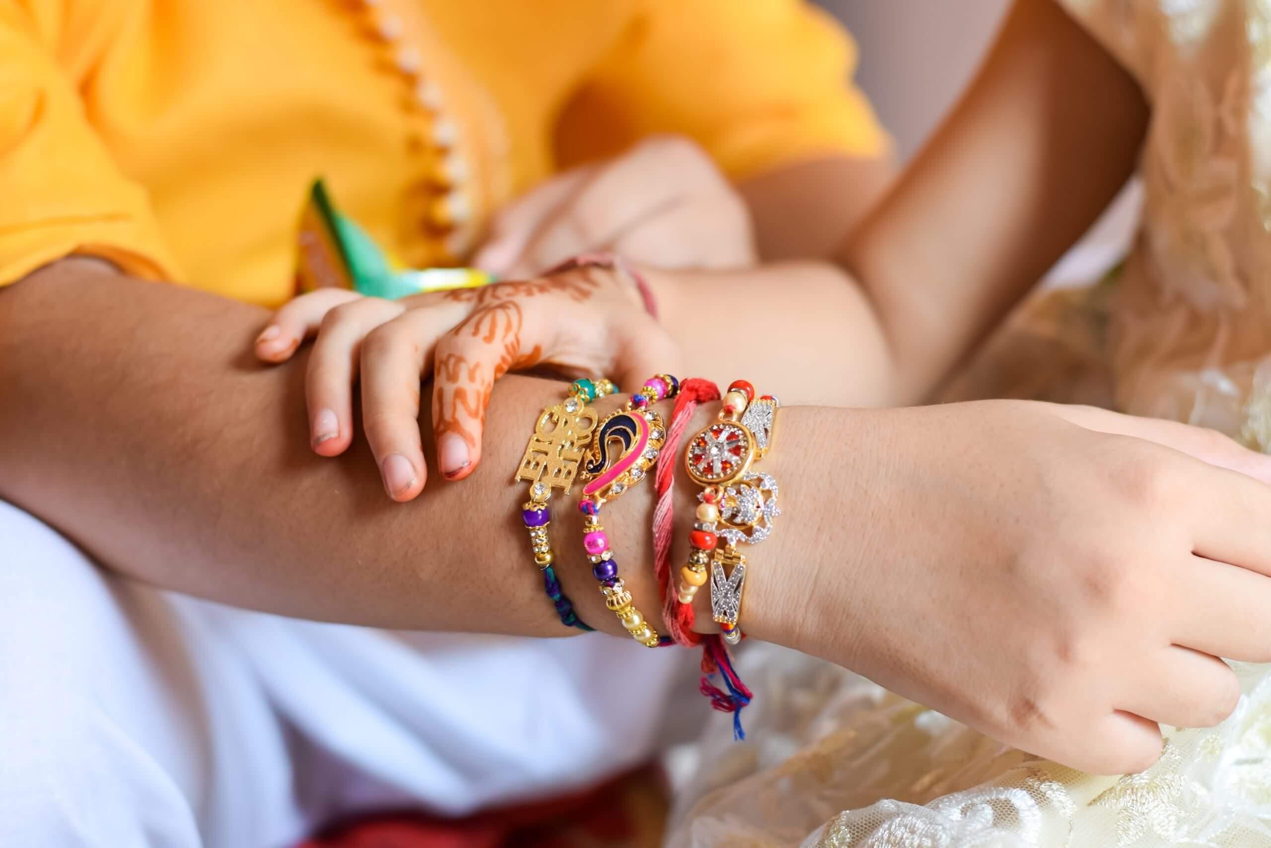 How To Make A 'Vedic Rakhi' In 3 Simple Steps