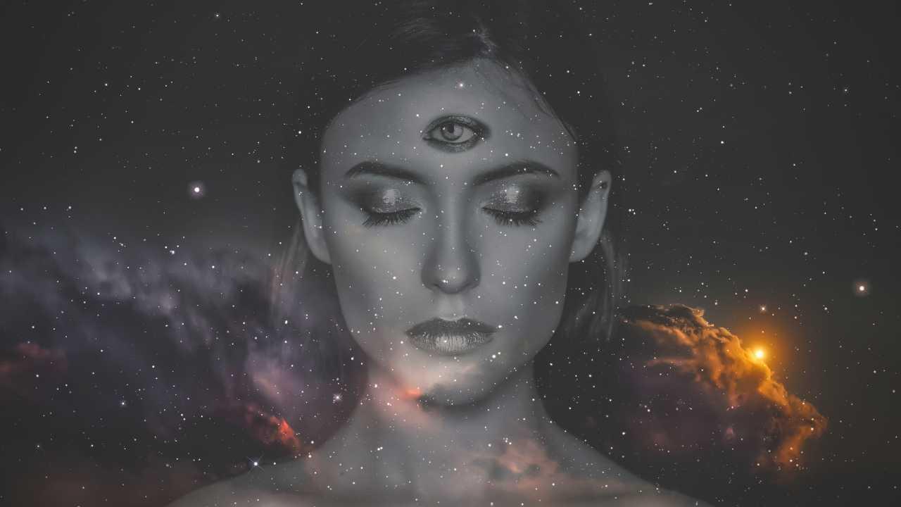 6 Zodiac Signs That Have A Great Sixth Sense
