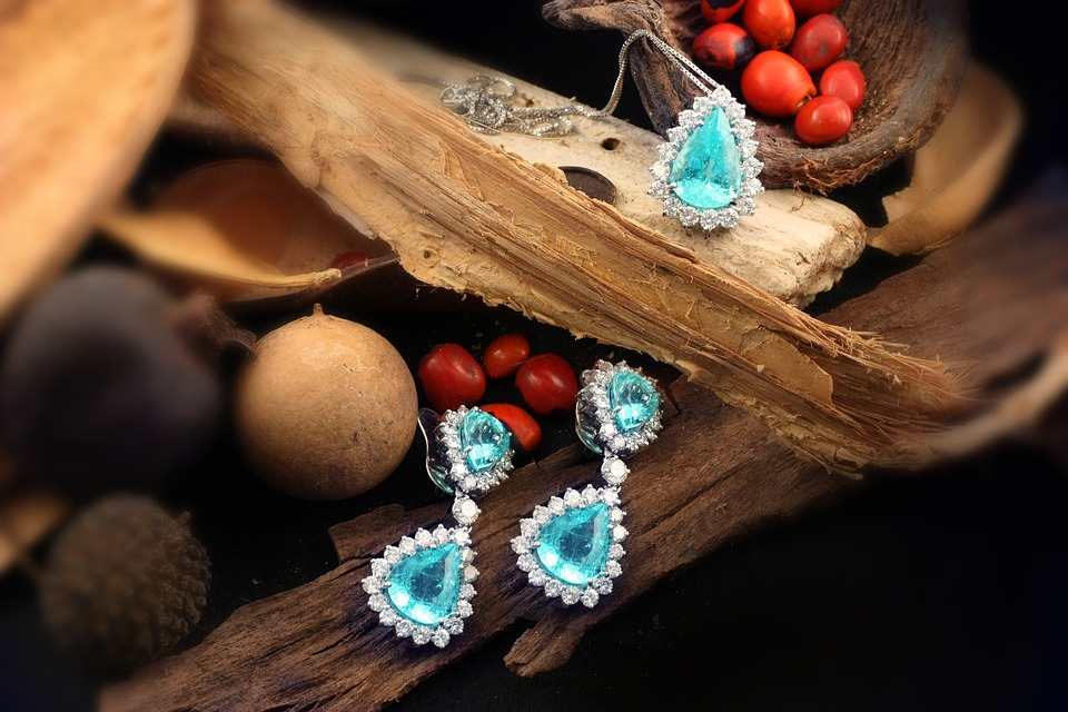 Two Birthstones That October-Born Must Wear